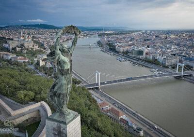 Gellért-hegy Budapest látkép